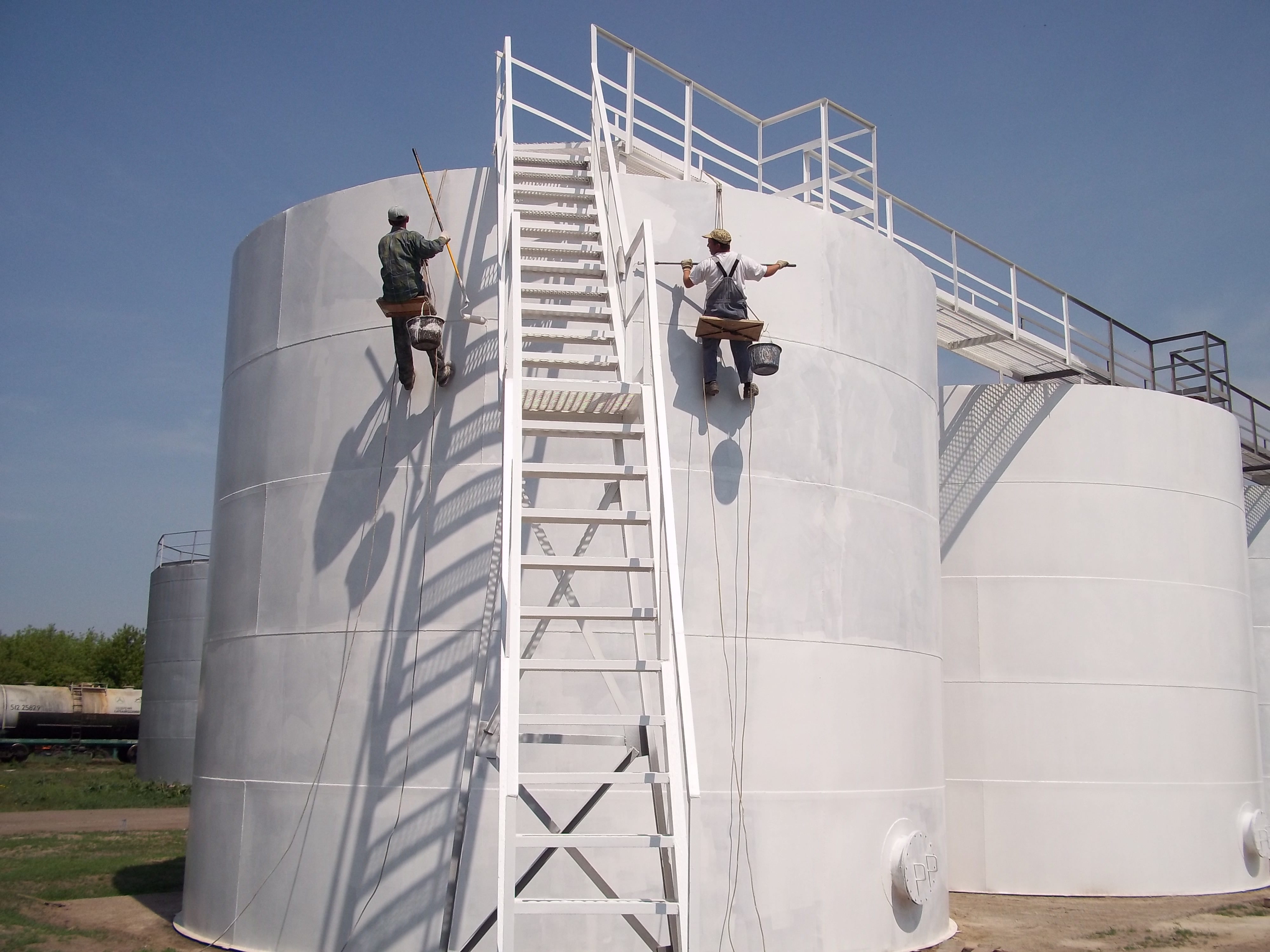 1 Corrosion Resistant Tanks Protection